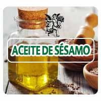 El ajonjolí es una planta anual, cuyo ciclo puede variar entre 80 y 130 días. Es una especie rústica y de rápido crecimiento. Posee sistema radicular bien desarrollado, muy ramificado y fibroso, formado por una raíz principal pivotante, generalmente superficial. La planta contiene entre 50% y 60% de aceites los cuales son de alta estabilidad, dada la presencia de antioxidantes naturales como la sesamolina, sesamina y sesamol. La composición de sus aceites varía según las variedades.